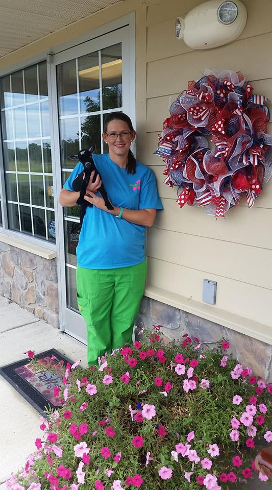 Ozark Animal Medical Center - Heber Springs, AR - Veterinary Assistant - Katrina Hewett - Bradley Self, DVM